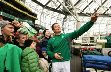 Selfies and screaming fans – Ireland's open training session at Lansdowne Road