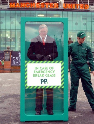 'In case of emergency, break glass' — Paddy Power trolls United fans with Ferguson model