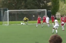 VIDEO: American kid fires in a serious banana kick