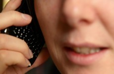 EU lawmakers vote in favour of scrapping roaming charges by 2015