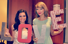 Taylor Swift surprised a super-fan by showing up to her bridal shower… it's The Dredge